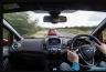 गाड़ी चलाते समय न करे ये गलतिया वार्ना बढ़ सकती है आपकी परेशानी