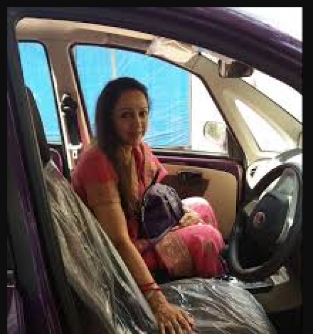 Dreamgirl Hema Malini purchased the country's first internet car