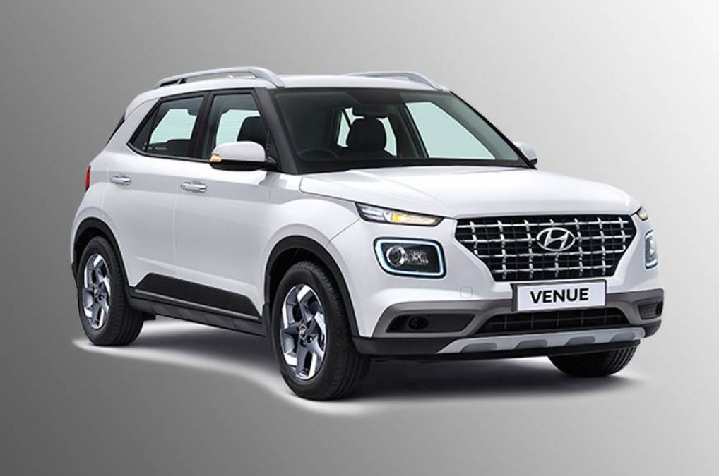 Golden opportunity to buy Hyundai Venue for 2.60 lakhs