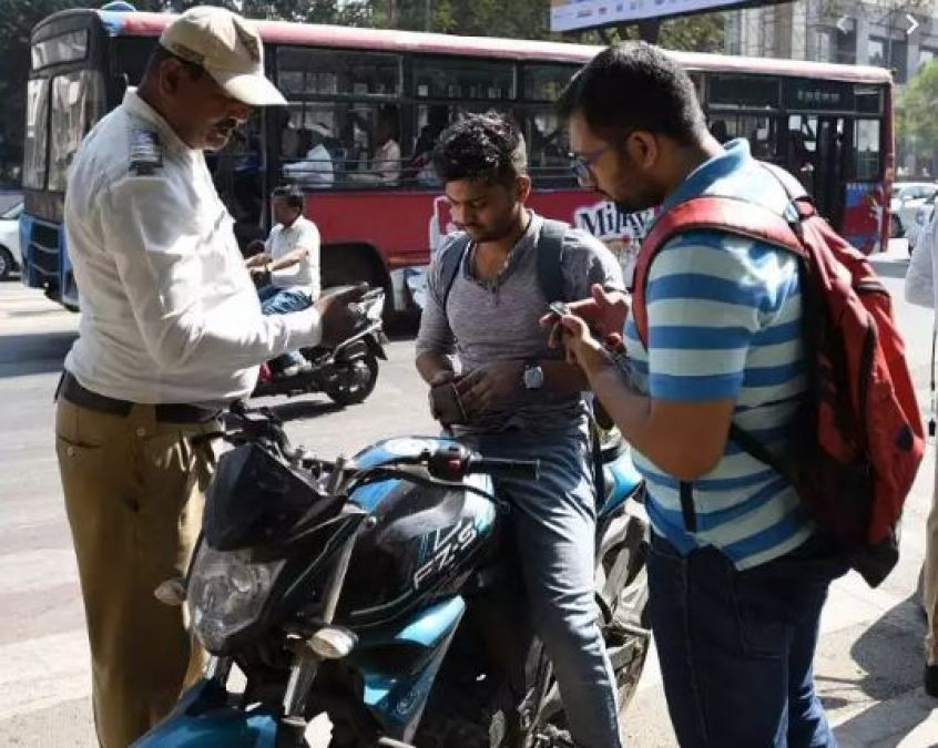 Under new law, Policemen will have to pay double fine if they break the rules