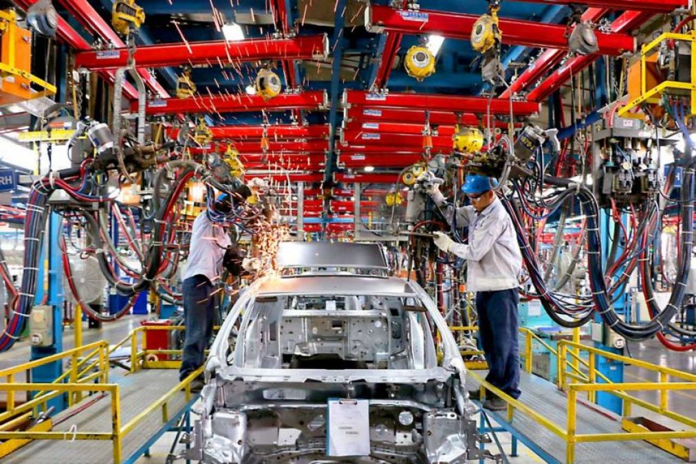 Economic slow down in automobile industry,  customers are getting the benefit of discount