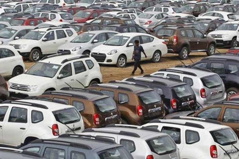 Recession's impact on vehicle sales, know how many percent decline