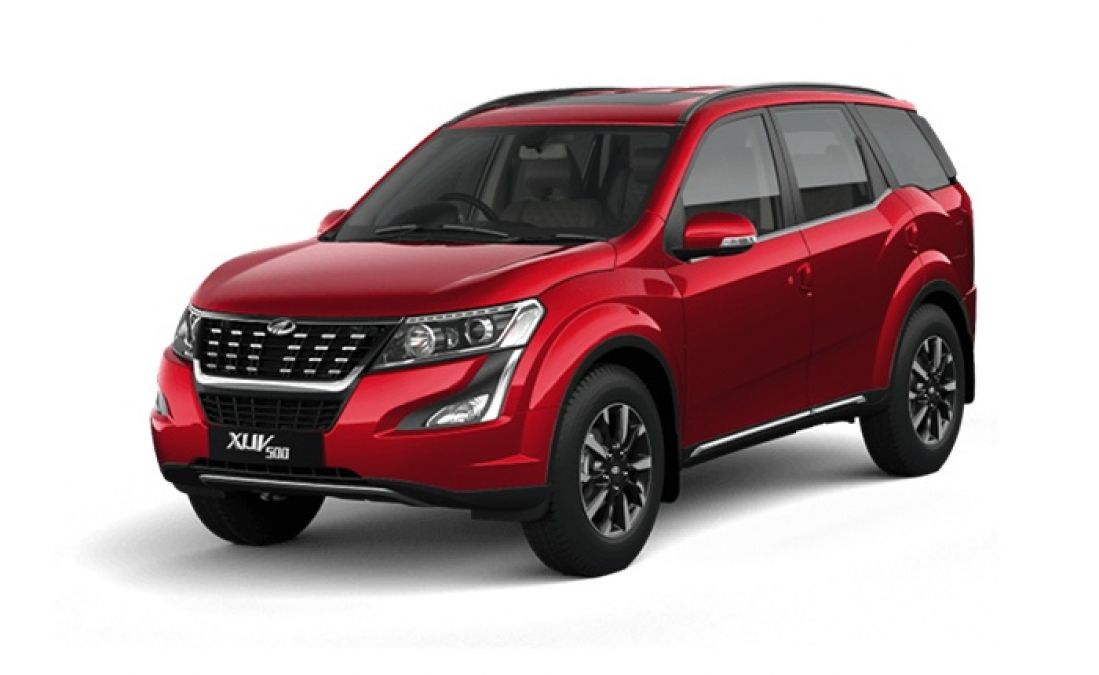 Leaked photo of the new XUV500 surfaced, spotted during testing
