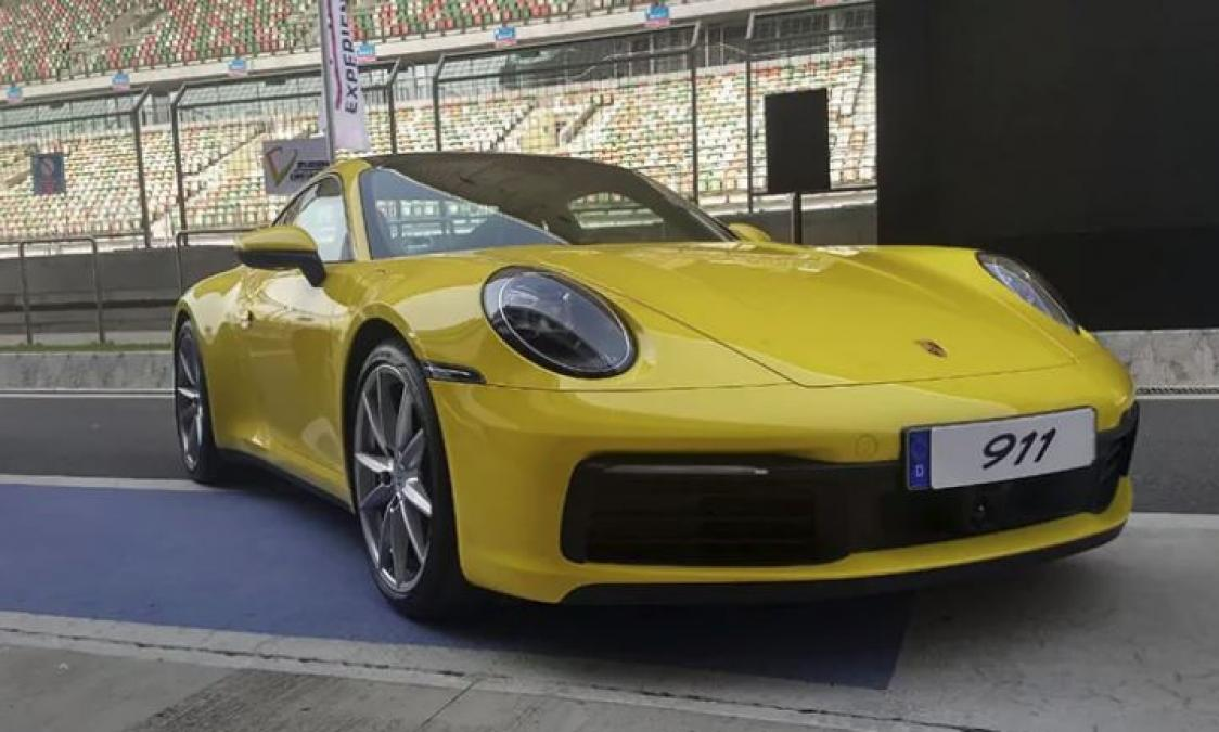 2019 Porsche 911 Launched In India, read features, price and other details