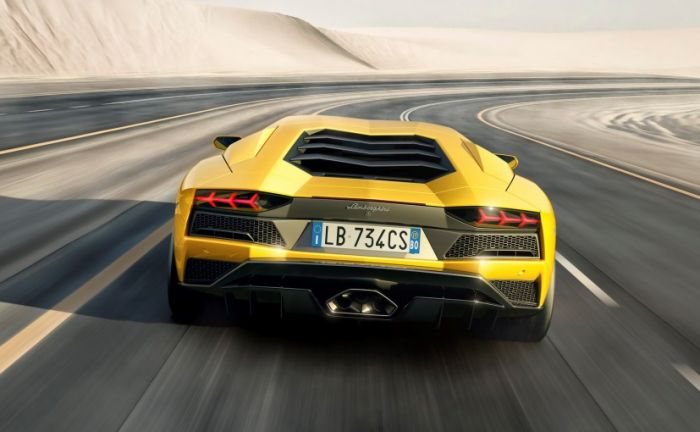 Lamborghini sports wonder to arrive in India, grand launch will be on 3rd March