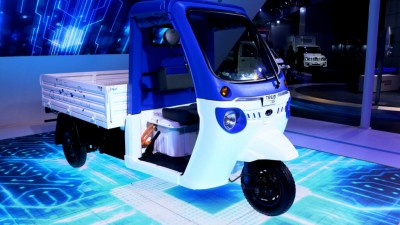 Mahindra electric vehicles to power Amazon's deliveries in India
