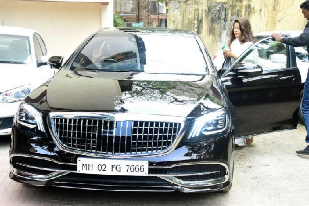 Janhvi Kapoor buys Mercedes-Maybach, Has a Surprising Sridevi Connect