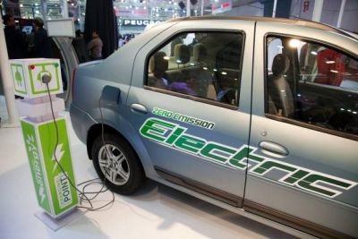 40% of vehicles will be electric by 2030: SIAM