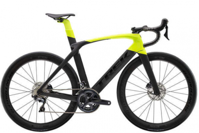 The hydraulic disc brake of this luxury bicycle is powerful, the price will blow your senses