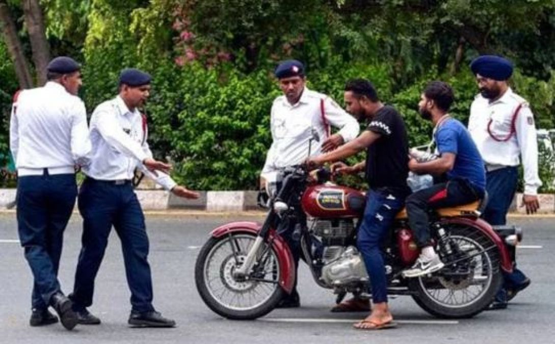 Know how to avoid traffic fine without even having documents