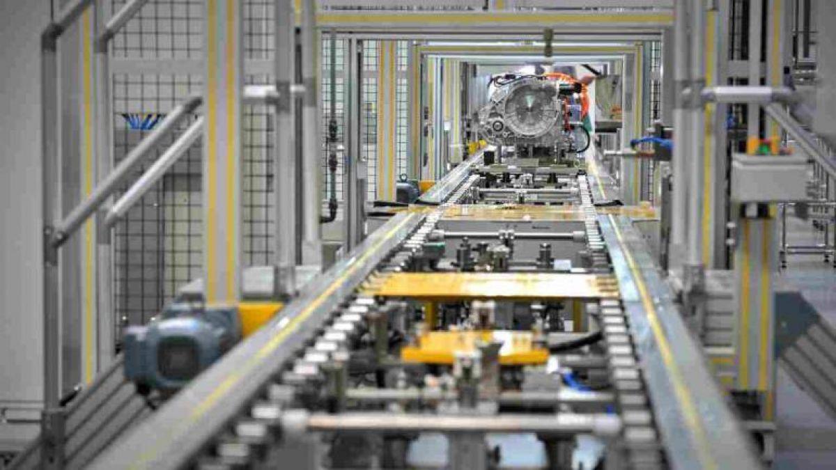 फरवरी में घटी भारत की फैक्टरी उत्पादन दर