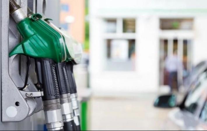 पेट्रोल-डीजल के दाम में नहीं हुए बदलाव, जानें क्या है आज कीमत