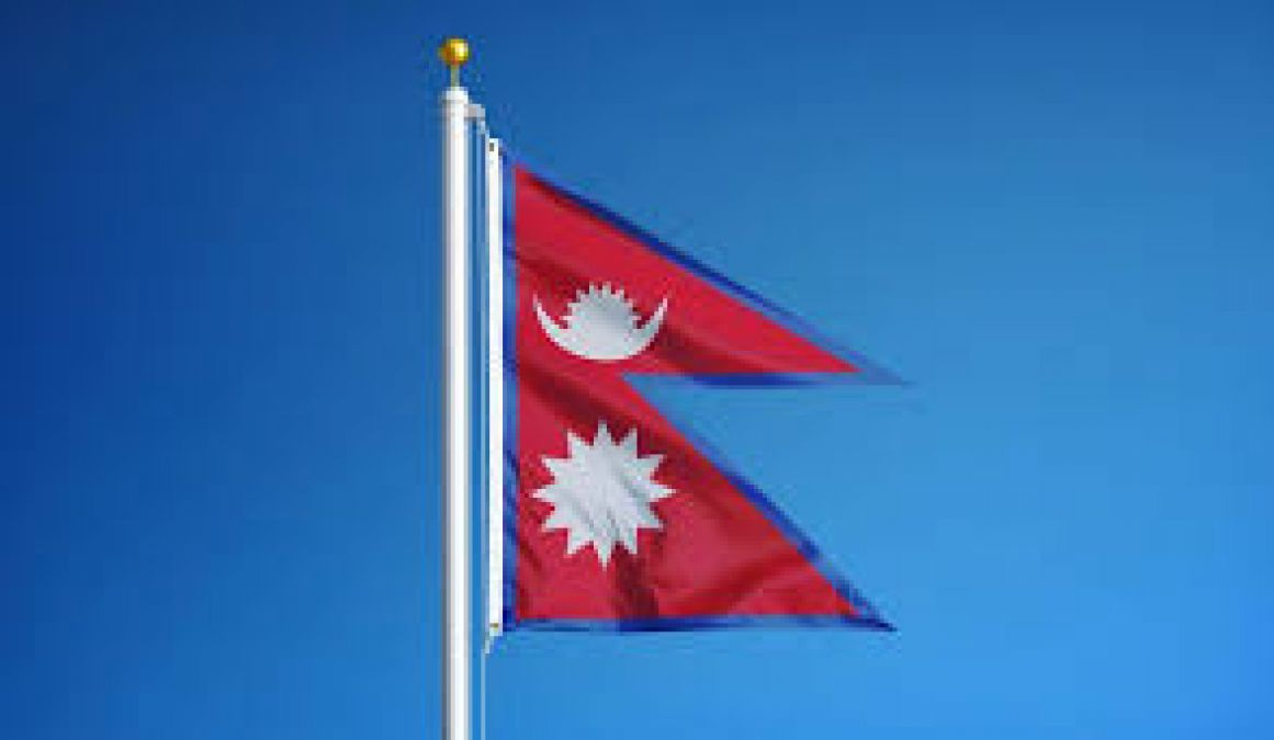 नेपाल सरकार ने बढ़ाया प्रिंटेड किताबों पर इंपोर्ट टैक्स, संकट में गीताप्रेस