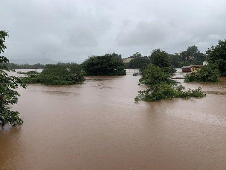 Maharashtra Floods 2019: Mukesh Ambani contributed Rs 5 crore and Big B contributed Rs 51 lakh