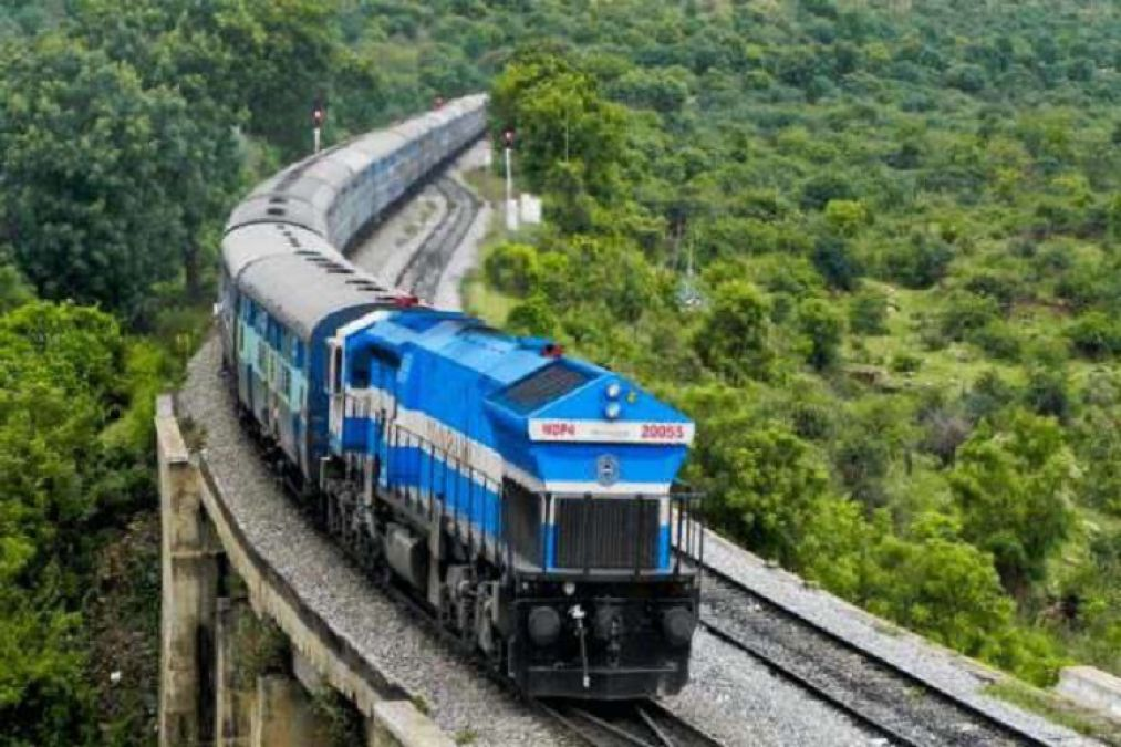 Indian Railways earnings reached the lowest level of last 10