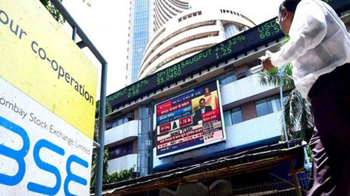 Sensex slips after opening with gains, Nifty also
