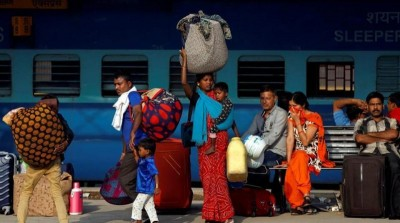 Railway fixed luggage weight for travelers, if exceeds heavy fine will be imposed