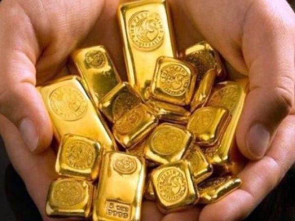 सोने-चांदी की कीमतों में क्या हुआ बदलाव, यहाँ जानिए आज के भाव