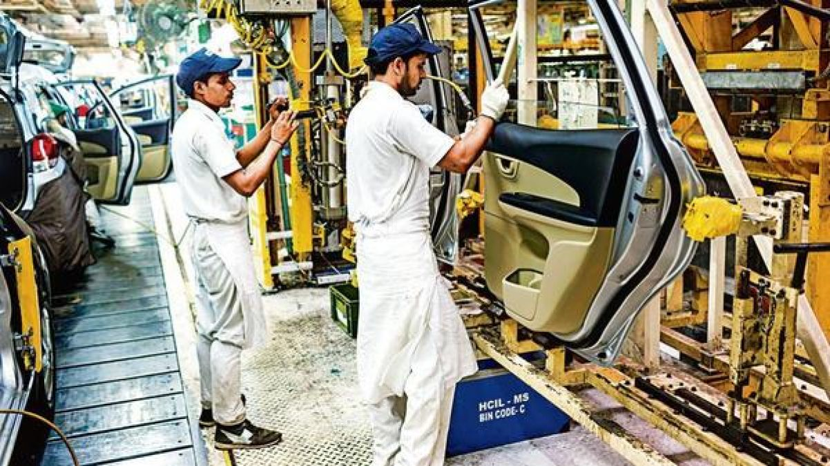 Indian automobile industry under intense pressure, a sharp drop in vehicle sales