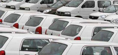 दिग्गज ऑटो कंपनी ने ओला-उबर से संबंधित वित्त मंत्री के बयान को किया खारिज