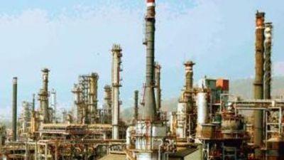 भारत की सहायता से इस देश में बन रहा तेल शोधक कारखाना