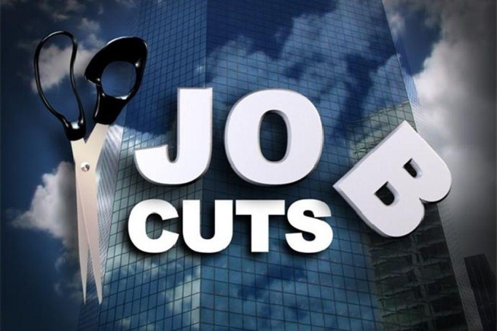 वाहन उद्योग में काम कर रहे दो लाख लोगों से छीनी नौकरी
