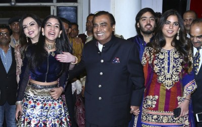 Mukesh Ambani mulls to form a family council to avoid property disputes in future