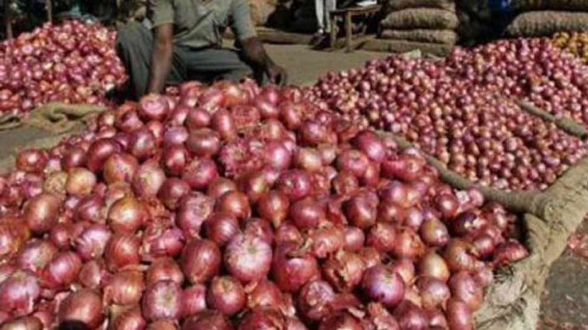 Onion Price rises, reached this much in a month