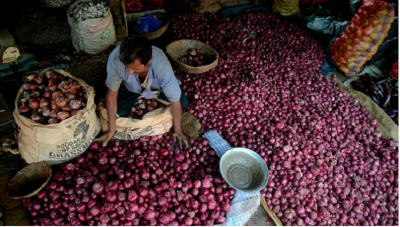 Onion prices surge up to ₹200 a kg at markets in Bengaluru