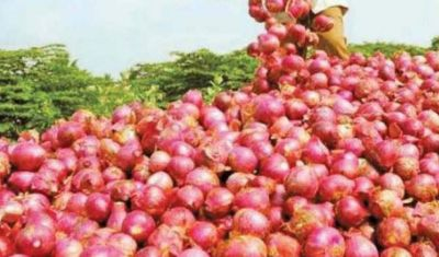 Government strict on onion traders, not allowed to keep more than two tons