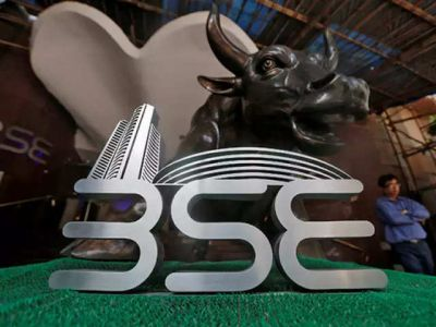 Stock market plunges amid US-Iran tensions, Sensex breaks up by 500 points