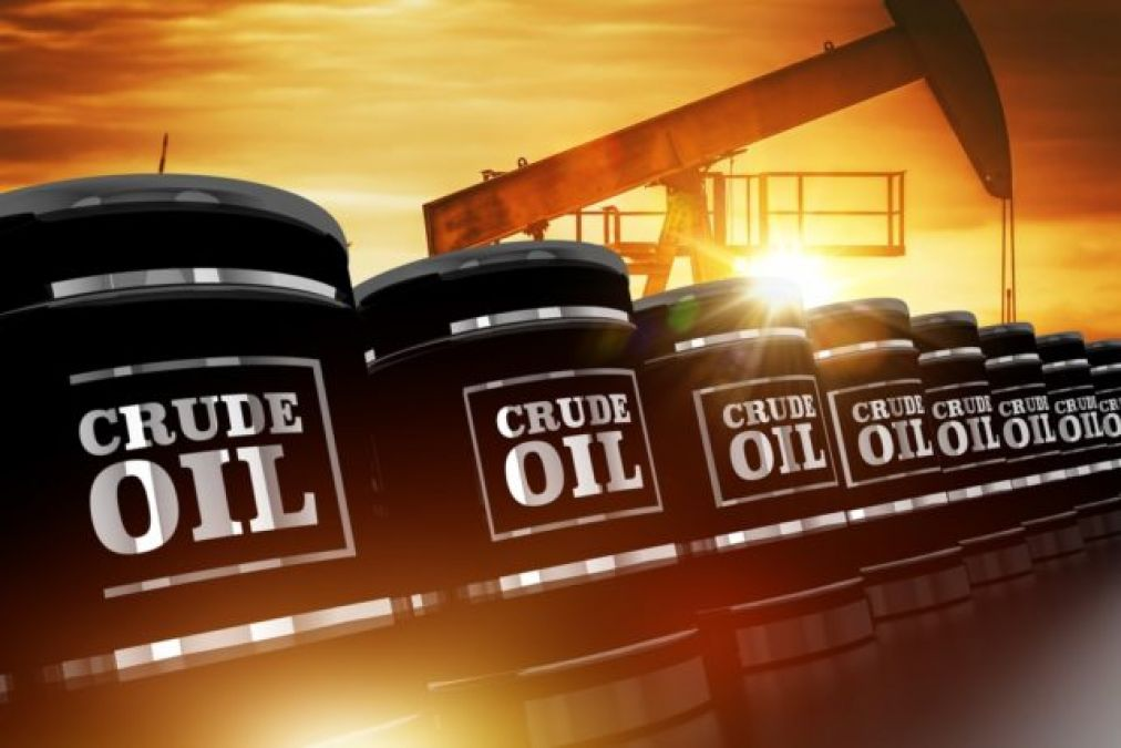 इस सप्ताह तीन डॉलर प्रति बैरल सस्ता हुआ क्रूड आयल, क्या घटेगी पेट्रोल-डीज़ल की कीमतें ?