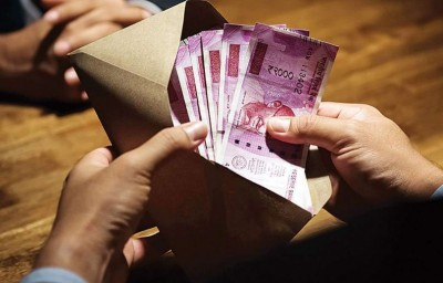 7th Pay Commission: Central employees to get more money, Modi govt's pivotal decisions