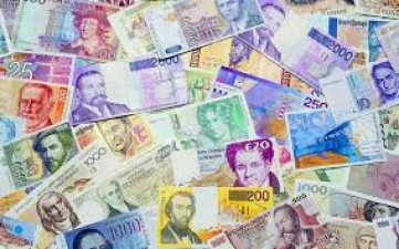 Countrys foreign exchange reserves crossed 500 billion for first time