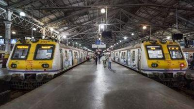 भारतीय रेलवे ने दिया होली का तोहफा
