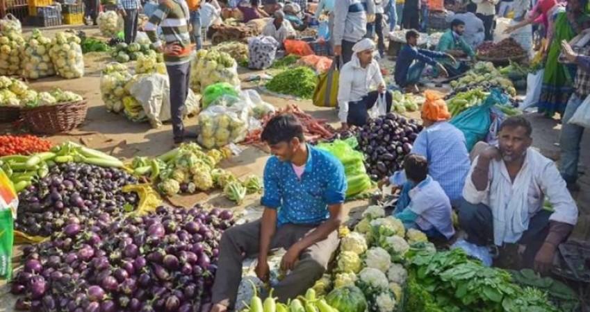 1 माह में 10% बढ़ा ट्रक भाड़ा, 15 फीसद तक बढ़ गए फल-सब्जियों के दाम