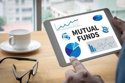 Coronavirus hit mutual fund investors
