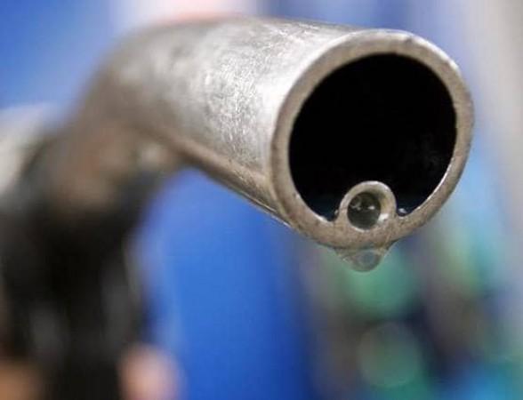 कोरोना और लॉकडाउन का असर, कौड़ियों के भाव बिकने लगेगा तेल