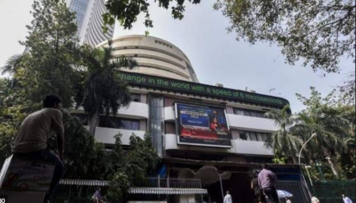 Sensex surges on first day of the week, the Nifty also shines