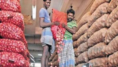 There will be a change in the price of onion, India imported 200 tons of onion from abroad