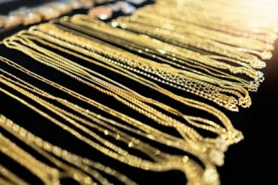 Gold-silver future prices fall, Know today's race