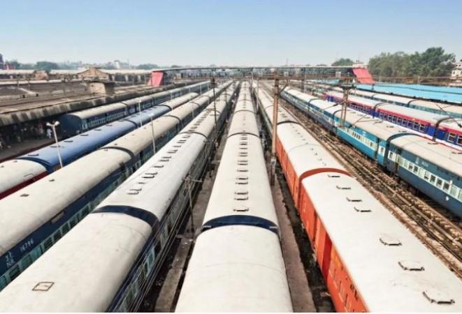 रेल विकास निगम में अपनी हिस्सेदारी बेचेगी सरकार, बनाया ये प्लान