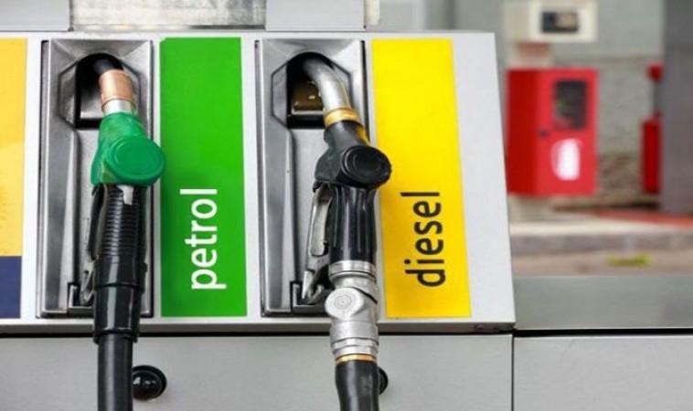 3 से 6 रुपए महंगा हो सकता है पेट्रोल-डीज़ल, ये होगी वजह