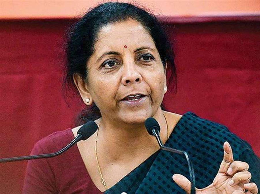 Finance Minister Sitharaman hits back at Manmohan!