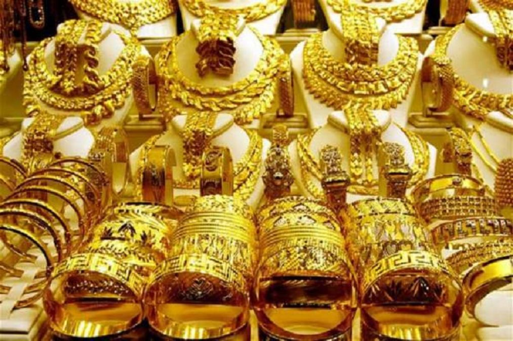 Gold prices again rise, silver also increases
