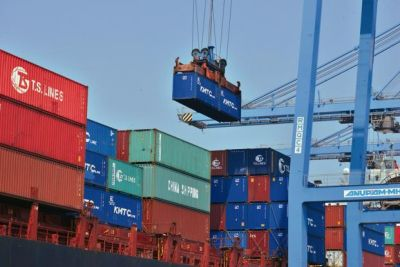 Government in preparation to boost exports, may make big announcement