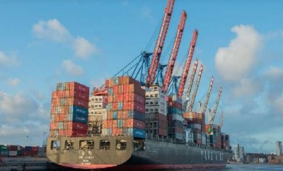 Exports fall sharply, trade deficit at $ 6.77 billion