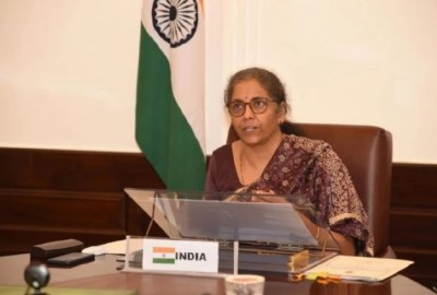 Nirmala Sitharaman urges to increase private sector activities