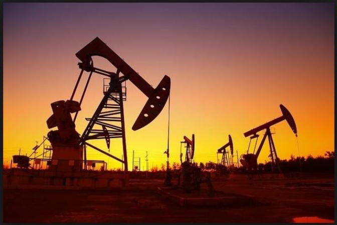 International Oil Prices soaring high but Prices are Stable in India? Know the reason…