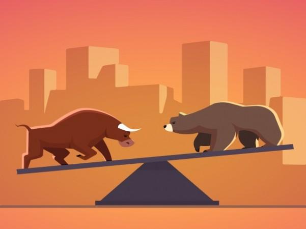 शेयर बाजार में आई गिरावट, 270 अंक फिसला सेंसेक्स